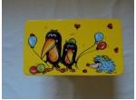 Dřevěná stolička-tučňák-žlutá